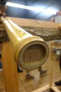 垂木竹の先端は埋め木されている
