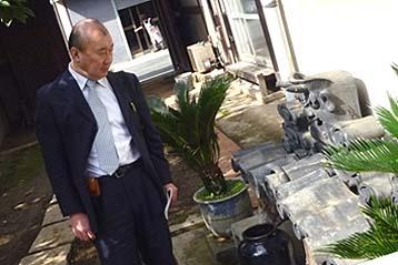 平成22年10月26日、候補物件を視察される文化省の熊本達哉調査官