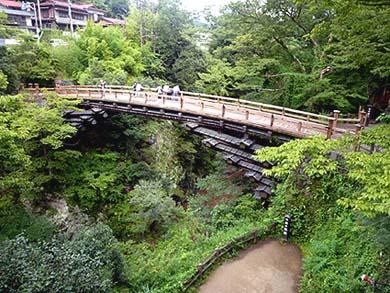 桂川に架かる名勝「猿橋」の絶景