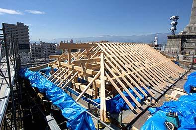 9月8日 屋根に垂木(たるき)が並ぶ