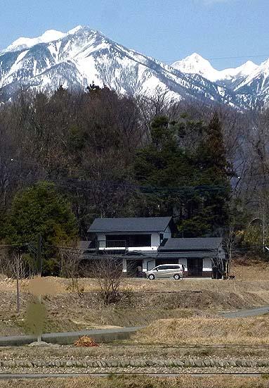 高根町蓑輪の美しい景観「熊谷家住宅」