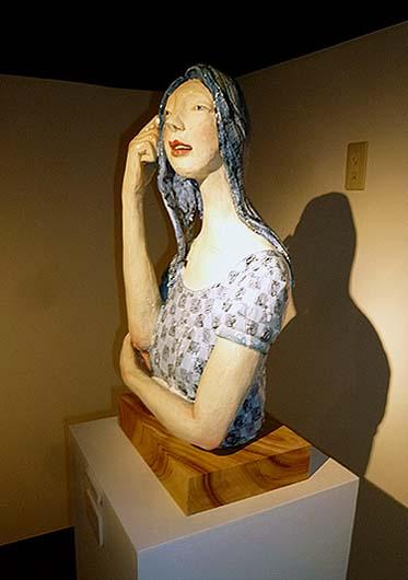 彫刻家 藤原彩人氏の作品 もう一体素敵な男性の像もありました