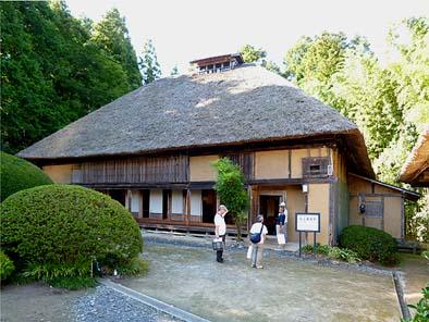 岩手県指定有形文化財の村上家住宅。
