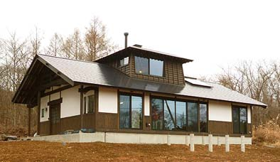 竣工した受賞物件「小荒間の家」外観。