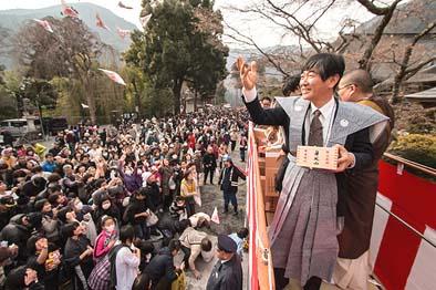 天候にも恵まれ、大勢の檀信徒の方々が集まりました。