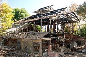 北杜市高根町箕輪にあった名門旧家を解体