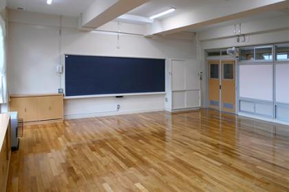 竣工内観 新装となった教室の様子