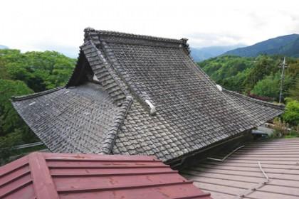 緊急修理が完了した清正公堂の屋根 その1